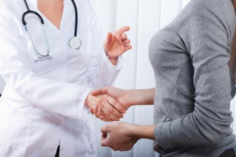 ادم لنفی یا لنف ادم (عوارض بازو) چیست؛ علل ایجاد و درمان آن
