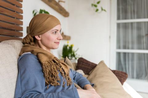 اولویت  درمان با جراحی یا شیمی درمانی برای بیماران سرطان پستان؟
